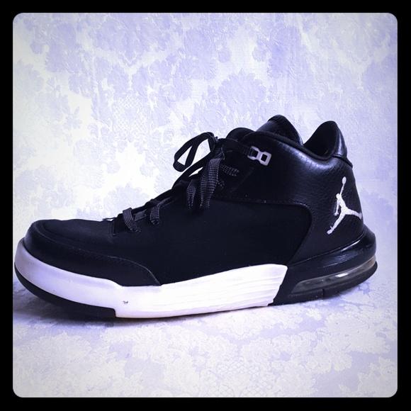 520125345f0c Jordan Other - ⚄Jordan Flight Origin 3 Black   White Sneakers